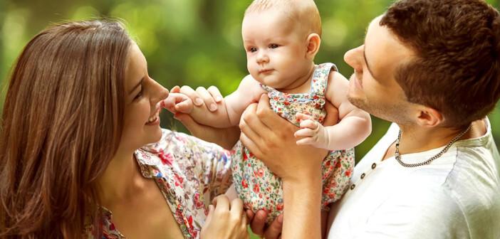 Der SAFE-Elternkurs ist eine primäre Prävention, die das Ziel hat eine sichere Eltern-Kind-Beziehung aufzubauen. © Rock and Wasp / shutterstock.com