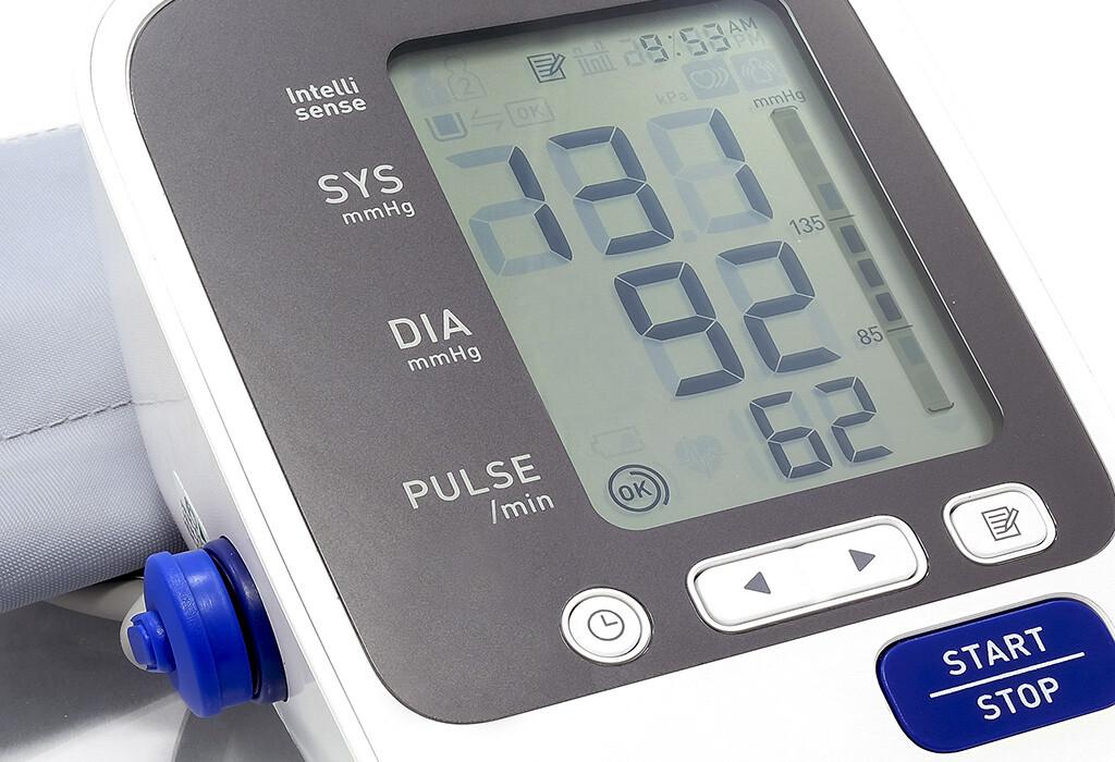 Der normale Pulsdruck beträgt 50 mm Hg – ein Idealwert, der in der Praxis oft schwer erreichbar ist. © pickkun / shutterstock.com
