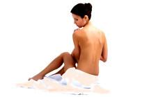 Seit Jahrhunderten ist bewiesen, dass Bäder bei Hautkrankheiten meist wirksam und hilfreich sind.