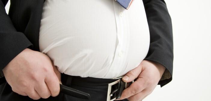 Menschen mit extremer Fettleibigkeit verlieren bis zu 8 Jahre, fettleibige Personen bis zu 6 Jahre und übergewichtige Personen bis zu 3 Jahre ihres Lebens. © TAGSTOCK1 / shutterstock.com