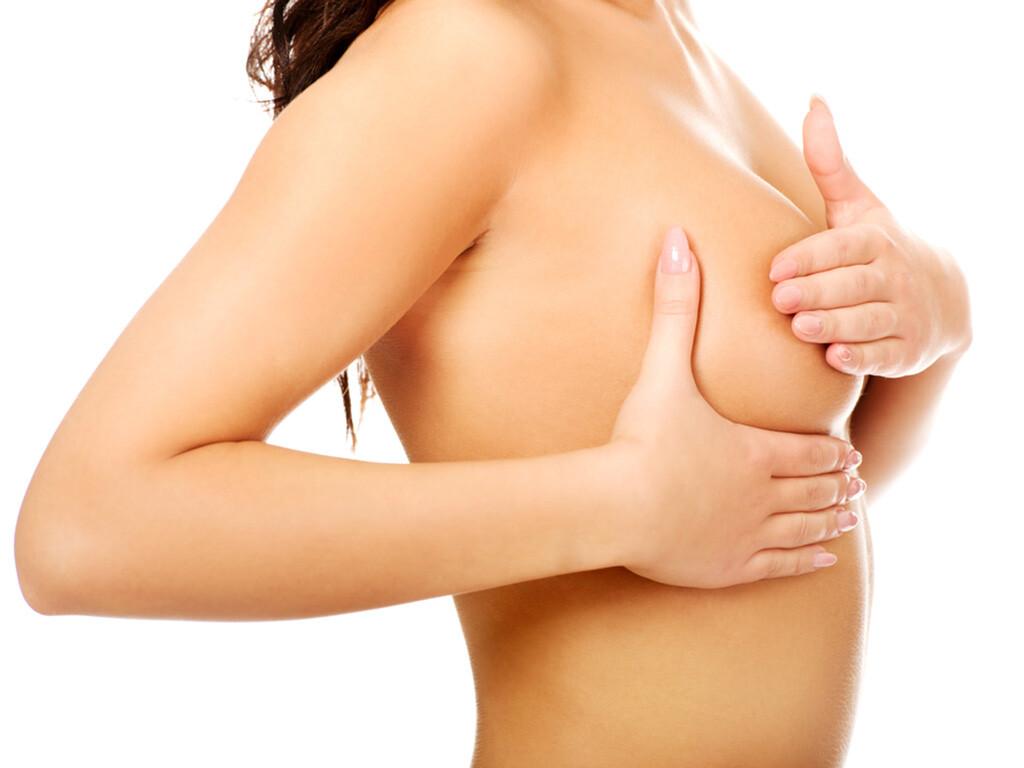 Brustkrebs © Piotr Marcinski / shutterstock.com
