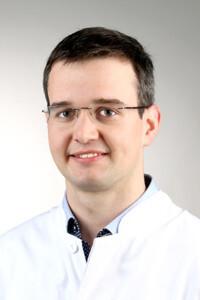 Siegmund Lang, Doktorand in der Klinik und Poliklinik für Unfallchirurgie des UKR, wurde beim GOTS Young Investigator Award mit dem ersten Preis ausgezeichnet. © UKR