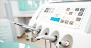 Eine Wurzelbehandlung in der Schwangerschaft sollte möglichst vermieden werden. © Stas Walenga / shutterstock.com