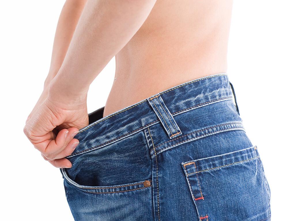 Betroffene werden durch ein falsches Körperbild in eine Magersucht getrieben. © Stefan Redel / shutterstock.com