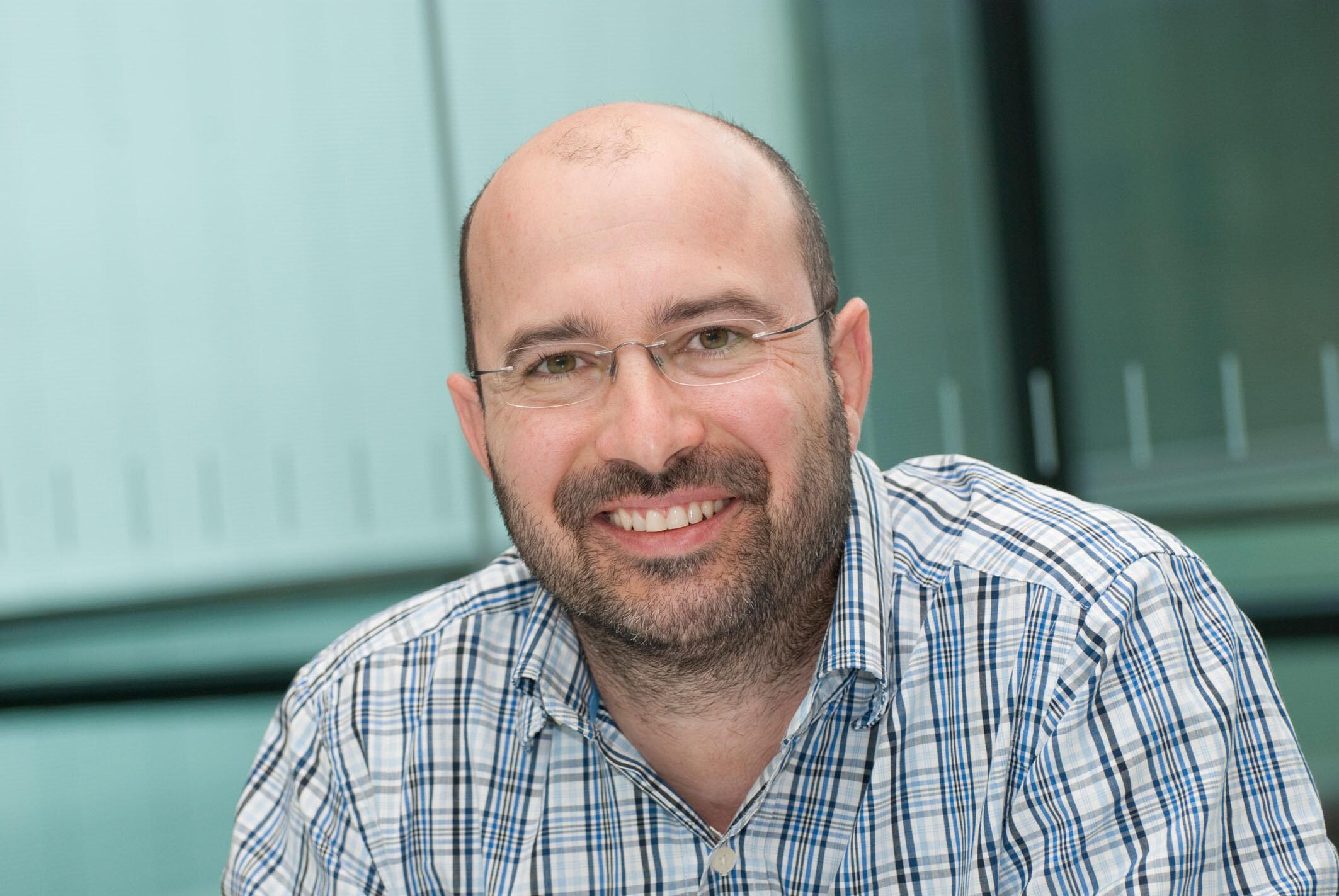 Prof. Jan Münch vom Ulmer Institut für Molekulare Virologie entwickelte das Molekül CLR01 gegen HIV mit. © Eberhardt / Uni Ulm