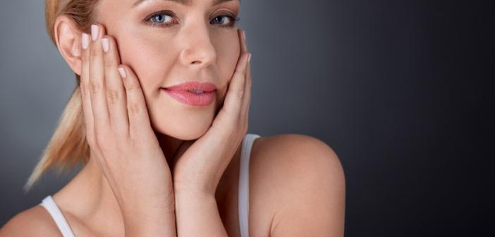 Frisches Aussehen auch ab 40+. © Lucky Business / shutterstock.com