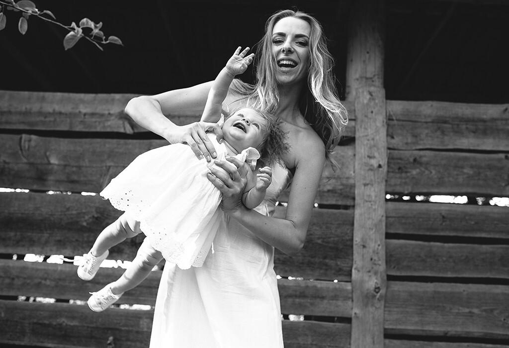 Für Babys präventiv gegen Asthma und Infektionen der Atemwege scheint der Aufenthalt am Bauernhof bei genetischer Vorbelastung gut zu sein. © Hrecheniuk Oleksii / shutterstock.com