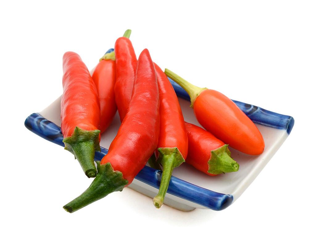 Capsaicin – wichtigster Vertreter der Capsaicinoide kommt in verschiedenen Paprika-Arten wie Chilischoten natürlich vor. © Lotus Images / shutterstock.com