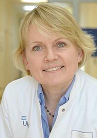 Privatdozentin Dr. med. Judith Alferink Fachärztin für Psychiatrie und Psychotherapie, Oberärztin an der Klinik für Psychiatrie und Psychotherapie am Universitätsklinikum Münster