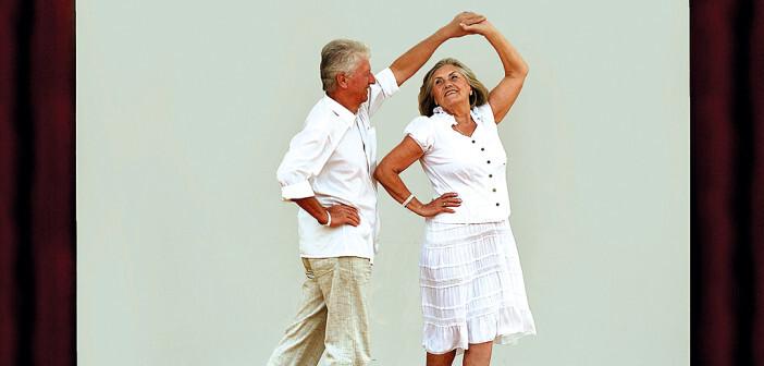 Tanzen – als Sport und Bewegung – macht nicht nur Spaß, sondern fördert auch die Koordinationsfähigkeit und die Gedächtnisleistung. © Ruslan Guzov / shutterstock.com