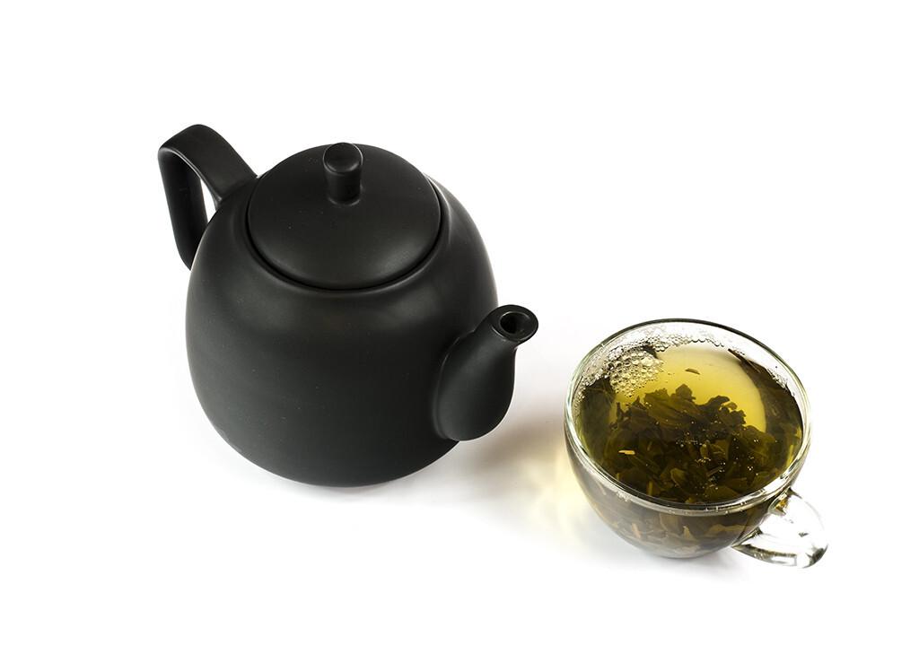 Grüner Tee besitzt nachweislich antioxidative Wirkung. © Rozakov Dmitry / shutterstock.com