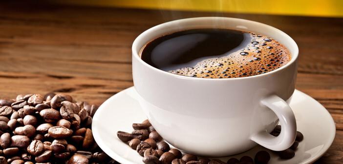 Es gibt eine ursächliche Beziehung zwischen einem starken Kaffeekonsum und einem verminderten Leber-Krebsrisiko. © Valentyn Volkov / shutterstock.com