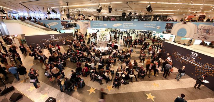 Eingangshalle beim Radiologenkongress in Wien (ECR-Congress) © ECR / Schiffer