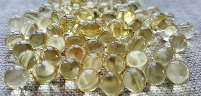 Viele Experten empfehlen eine Supplementation von Vitamin-D, um Vitamin-D-Mangel zu vermeiden. © HenhouseRadio / shutterstock.com