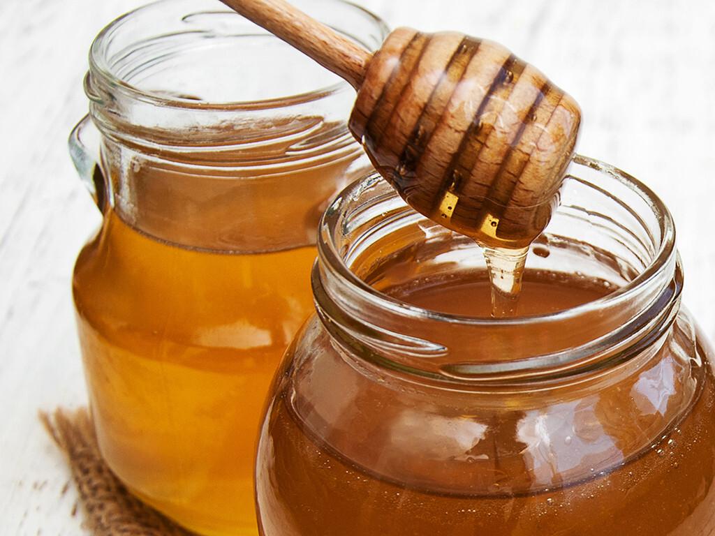 Nicht jedes beliebte und empfohlene Schnupfenmittel wirkt wirklich. Doch Honig hilft! © almaje / shutterstock.com