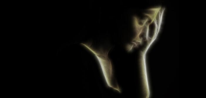 Stress-Erfahrungen, Stressoren, beeinträchtigen Frauen stärker als Männer. © Dundanim / shutterstock.com