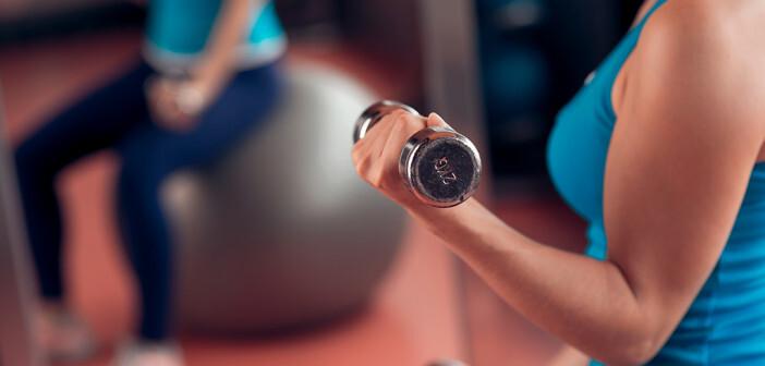 Der Schutz durch Sport gegen Krebs scheint größer zu sein als durch Verzicht auf Alkohol. © Dragon Images / shutterstock.com