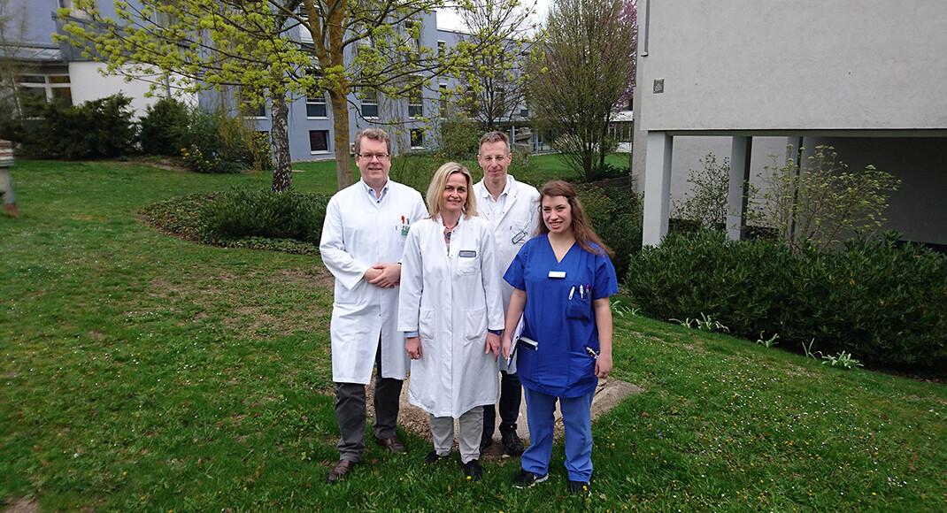 Das Regensburger Team (v. l. n. r.): Prof. Dr. Dr. Robert Weißert, Dr. Susanne Schwab-Malek, Ralf Lürding, Dr. med. Sophie Gebel. © Georg Weinfurtner / Medbo Labor