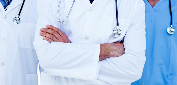 Der Ärztefunkdienst ist außerhalb der Ordinationszeiten von Kassenärzten als Vertretung des Hausarztes im Einsatz. © wavebreakmedia / shutterstock.com