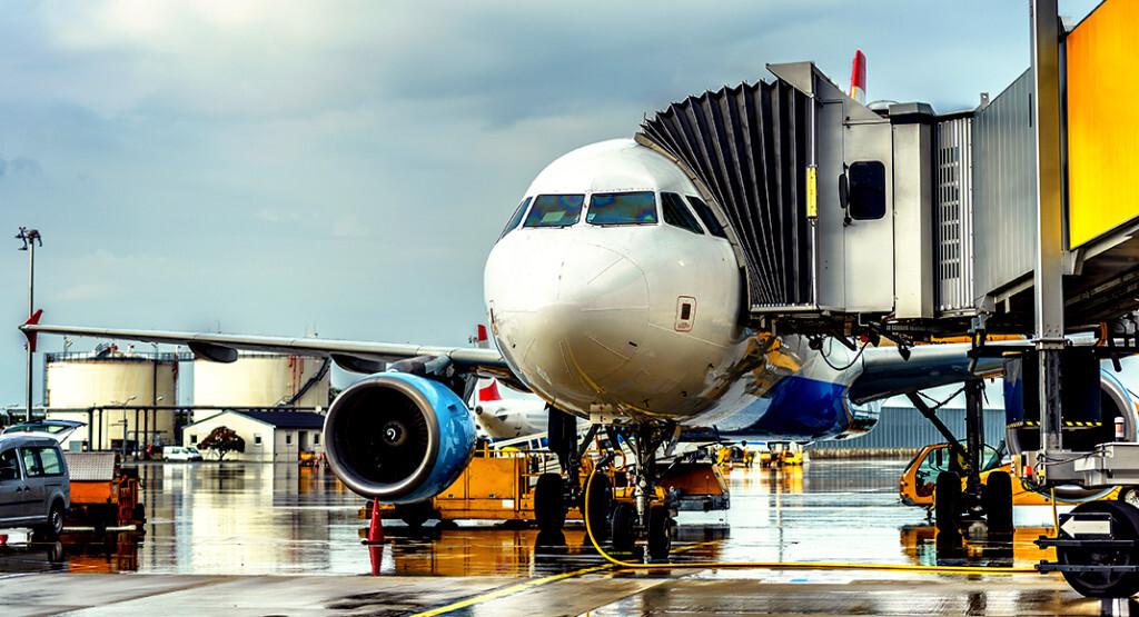 Fernbeziehung und Kinderwunsch ist für fliegende Partnerschaften problematisch. © ZullU InFocus / shutterstock.com