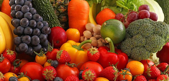 Obst und Gemüse sind im Zusammenhang Krebs und Ernährung sehr empfehlenswert. © sunabesyou / shutterstock.com