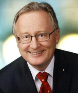 Univ.-Prof. Dr. Rudolf Bauer, Vizepräsident der HMPPA, Leiter des Instituts für Pharmazeutische Wissenschaften, Universität Graz