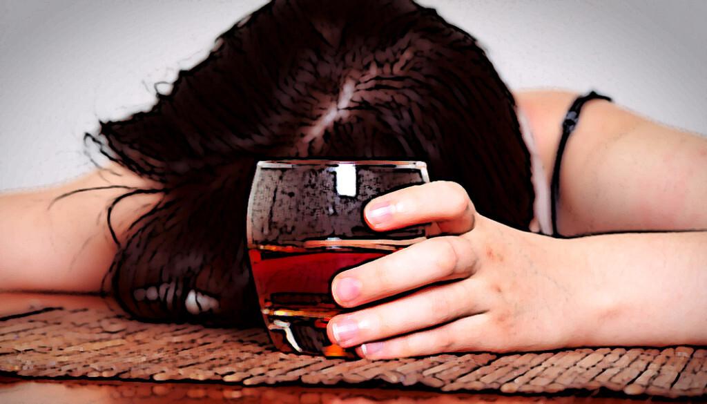 Alkoholismus bei Frauen nimmt deutlich zu. © gmstockstudio / shutterstock.com