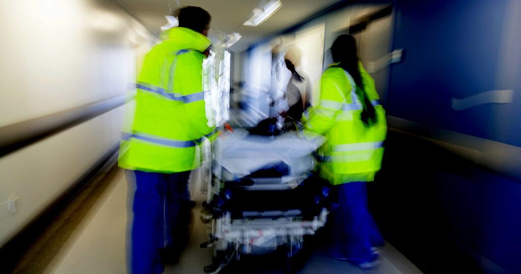 Schwere Unfälle, Suizidversuche oder lebensbedrohliche Krankheiten sind Berufserfahrungen, die das Risiko, eine posttraumatische Belastungsstörung zu entwickeln, steigern. © Spotmatik Ltd / shutterstock.com