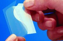 Opioidhaltige Schmerzpflaster mit Fentanyl werden häufig gegen sehr starke Schmerzen eingesetzt.