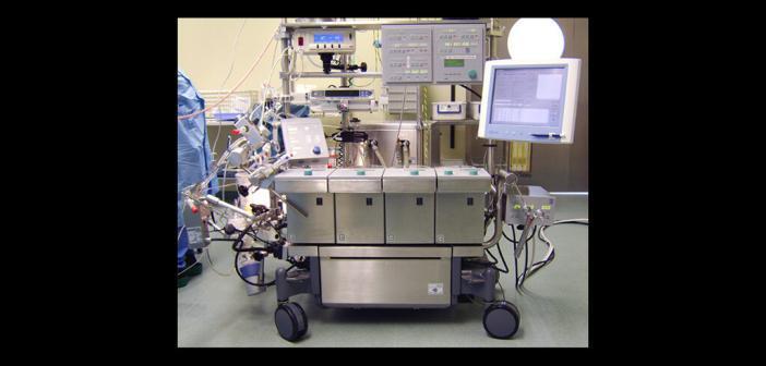 Herz-Lungen-Maschine © Jörg Schulze / CC BY-SA 3.0 / wikimedia