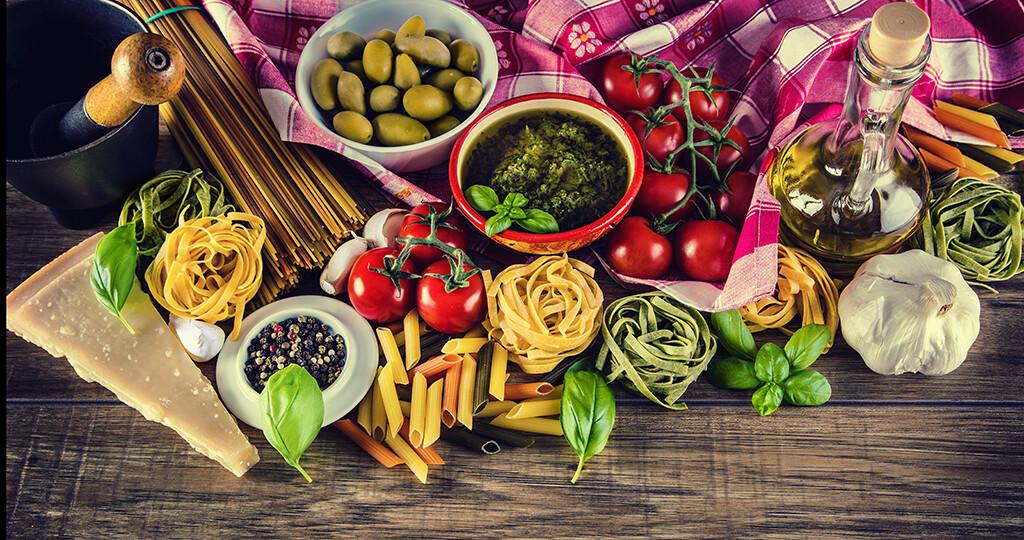 Mediterrane Ernährung ist besonders gut für die Gesundheit – auch bei bereits herzkranken Personen. © Marian Weyo / shutterstock.com