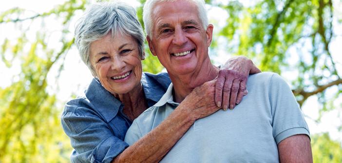 Die positive psychische Gesundheit in Deutschland steigt mit zunehmendem Alter, während sie in Russland abnimmt. © wavebreakmedia / shutterstock.com
