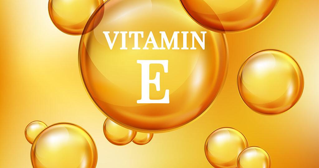 Vitamin E (Alpha-Tocopherol) © SBG2017 / shutterstock.com
