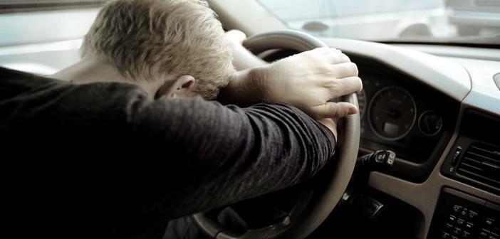 Apnoen in der Nacht können die Verkehrssicherheit beeinträchtigen. © tomas urbelionis / shutterstock.com