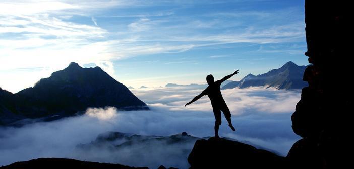 Bergwandern macht glücklich, gelassen und gibt Energie, belegt eine Studie des Österreichischen Alpenvereins. © Alpenverein / Heli Düringer
