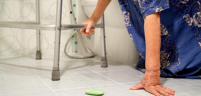 Sturzprävention zuhause hat eine besondere Bedeutung. © toa55 / shutterstock.com
