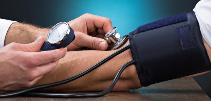 Blutdruckmessung © andrey_popov / shutterstock.com