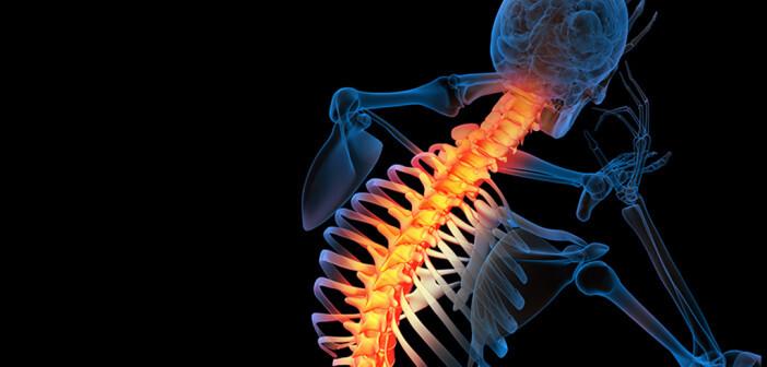 Rückenmarksstimulation: Nutzen für Therapie mit hochfrequenten Stromimpulsen. © Maya2008 / shutterstock.com