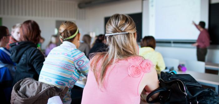 Studenten © lightpoet / shutterstock.com