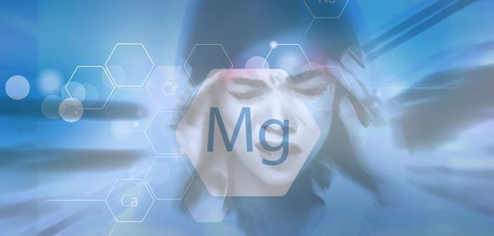 Magnesium unterstützt die Patienten mit Migräne und Kopfschmerzen. © Maridav / shutterstock