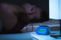 Emotionale Probleme wie Liebeskummer beeinträchtigen unsere Schlafqualität. © Tero Vesalainen / shutterstock.com