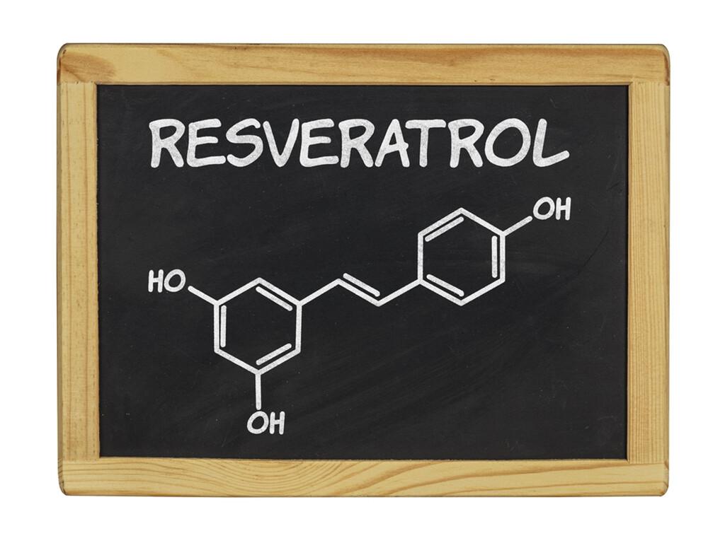 Resveratrol – Aktivator von Sirt1 © Zerbor / shutterstock.com