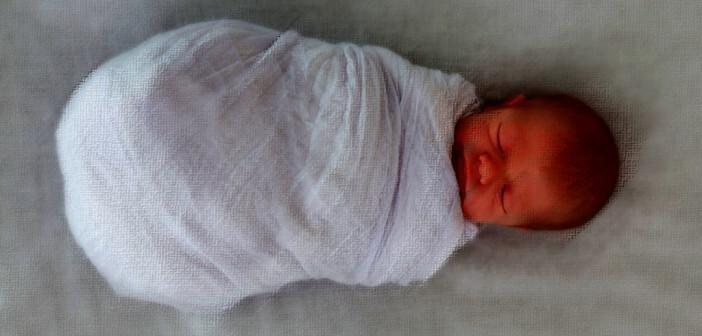 Baby-Pucken © Ramona Heim / shutterstock.com