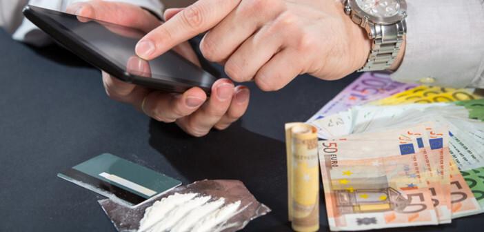 Haschisch, Opium, Morphium und Kokain sind die klassischen Drogen. © Jovan Mandic / shutterstock.com