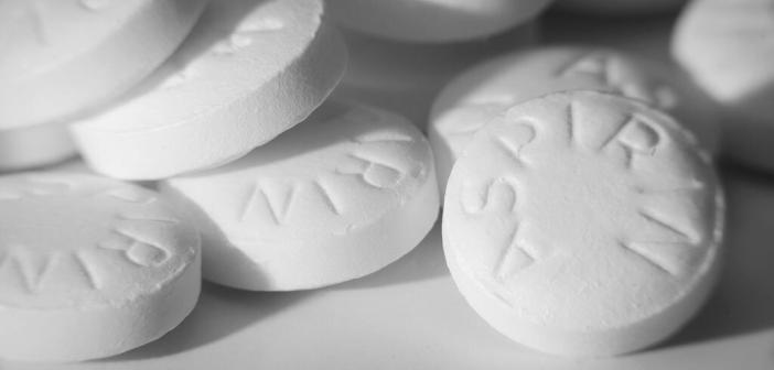 Aspirin / Acetylsalicylsäure © Shane Maritch / shutterstock.com