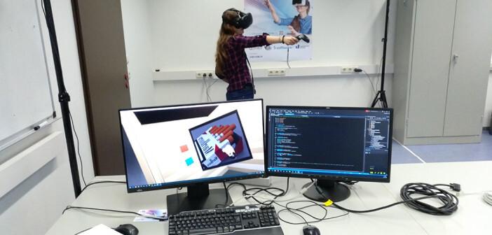Die wissenschaftliche Mitarbeiterin Tanja Eiler hat eine erste Testversion der virtuellen Rauchentwöhnung-Anwendung programmiert. © Universität Siegen