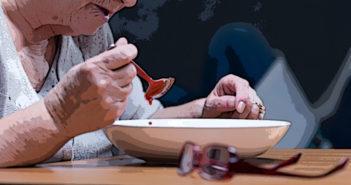 Lebensmittelüberwachung in Pflegeheimen und Krankenhäusern zeigt unnötige Risiken auf. © Photographee.eu / shutterstock