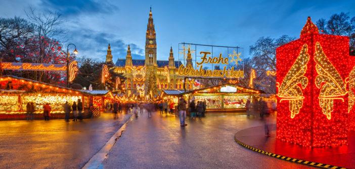 Weihnachtszeit, Weihnachten und Weihnachtsferien machen trotz Stress positive Stimmung. © S.Borisov / shutterstock.com