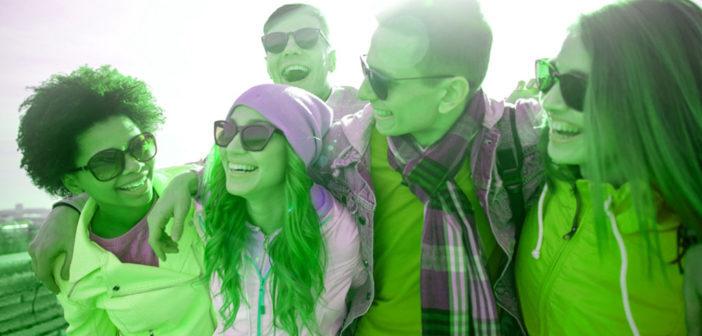 Grünfarbig gestaltete Filmenebst einem psychologischen Narrativ zeigten starke Effekte. © Syda Productions / shutterstock.com