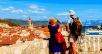 Hypertoniker auf Reisen sollten sich adäquat vorbereiten. © Pawel Kazmierczak / shutterstock.com